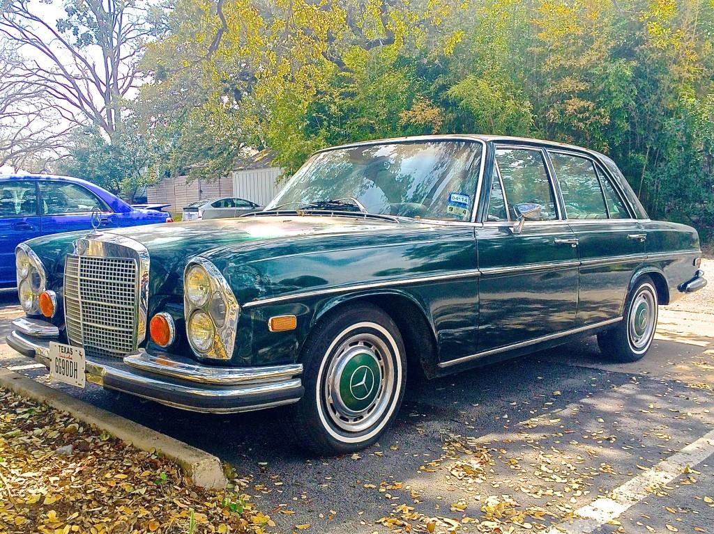 1971 2 mercedes benz 280se 4 5 near s congress ave atx for Mercedes benz laredo tx